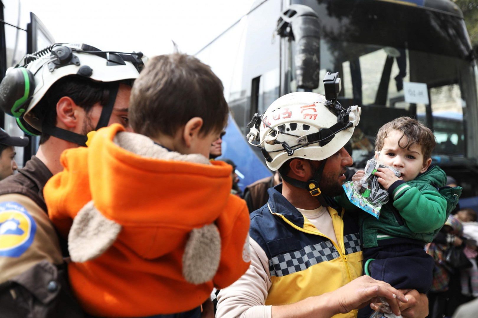 I Caschi bianchi in Siria (LaPresse)
