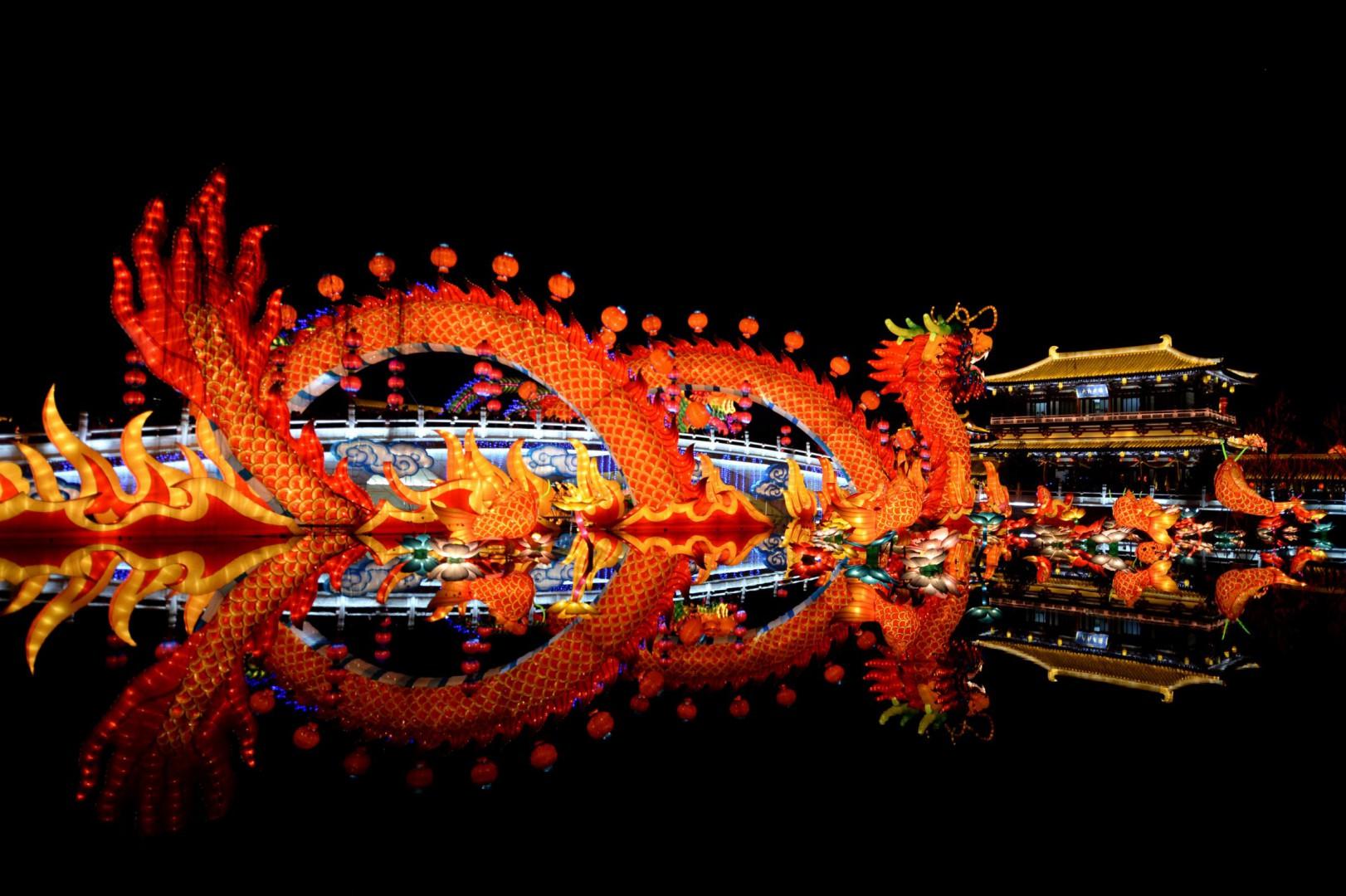 Il drago, simbolo dell'espansionismo cinese nella Nuova via della seta (LaPresse)