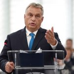 Orban e Macron dividono l'Ue <br> in vista delle elezioni europee