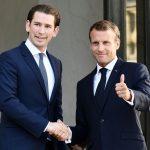 Migranti, Macron fa il sovranista <br>per non sprofondare nei sondaggi