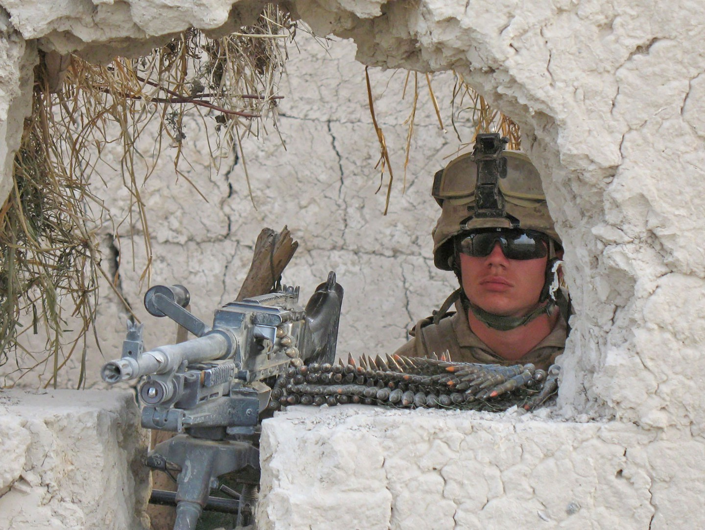 9)-2008-Afghanistan-marine-americano