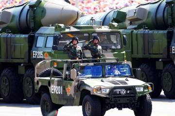 (150903) -- BEIJING, Sept. 3, 2015 (Xinhua) -- Conventional missiles are displayed in a military parade in Beijing, capital of China, Sept. 3, 2015. China on Thursday held commemoration activities, including a grand military parade, to mark the 70th anniversary of the victory of the Chinese People's War of Resistance Against Japanese Aggression and the World Anti-Fascist War. (Xinhua/Cao Can) (mcg)