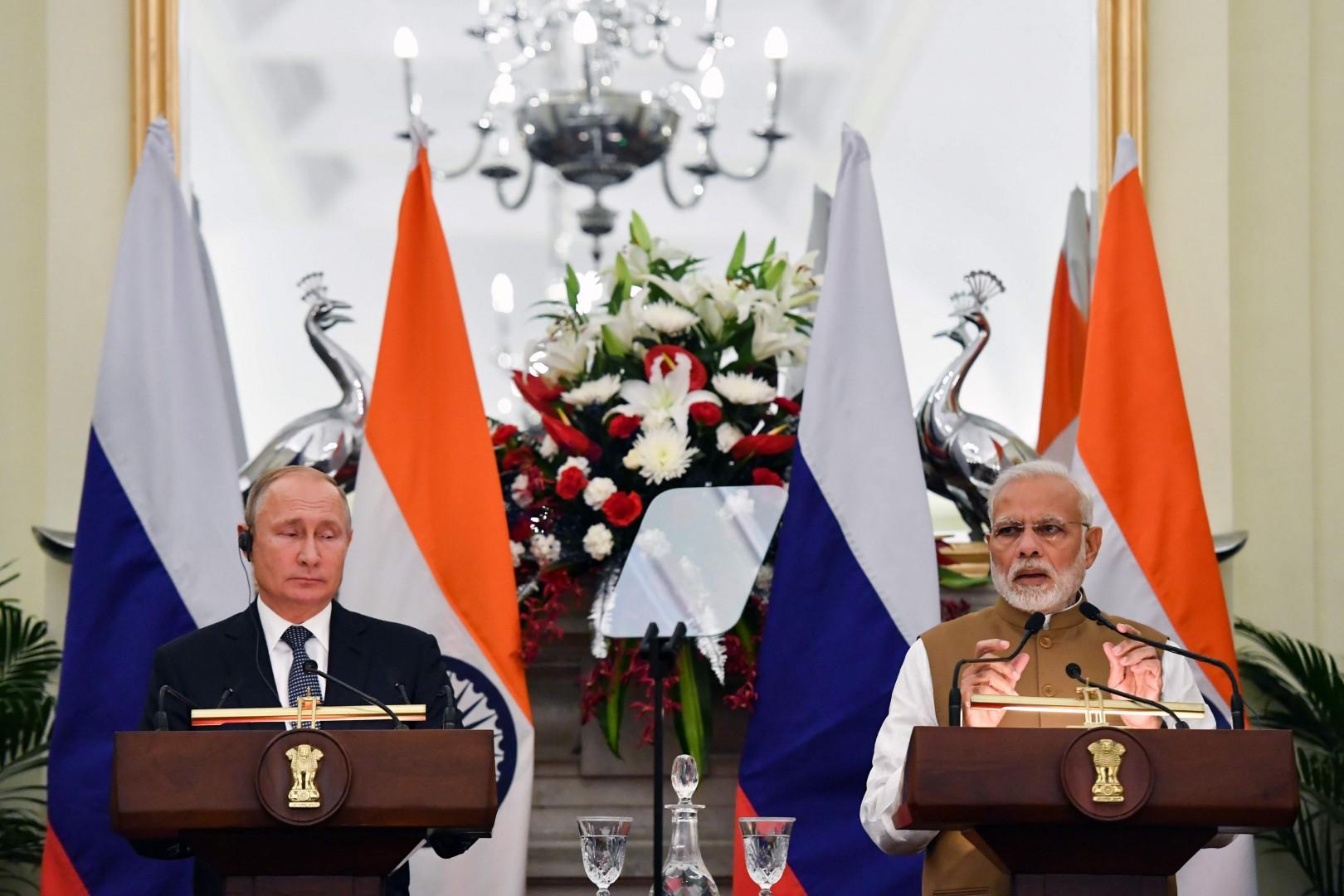 India, il premier Narendra Modi riceve Vladimir Putin a Nuova Deli (LaPresse)