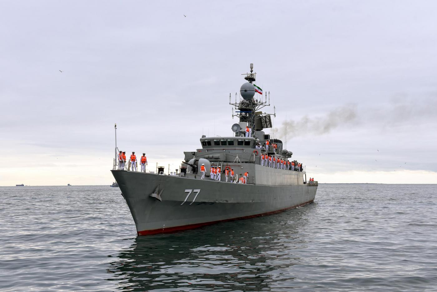"""Two warships of the Naval Forces of Iran arrived in Azerbaijan.Missile """"Damavand"""" and boat """"Dzhovshan"""" embarked on a raid in the Baku Bay. The military orchestra of Azerbaijan held official welcoming ceremony. This is the first visit of Iranian military ships in our country after the proclamation of independence of Azerbaijan."""