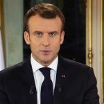 Il grande bluff di Macron<br> per placare l'ira dei gilet gialli