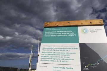 Foto LaPresse - Marco Verri 18/01/2018  Melendugno (LE) ITA Cronaca Avanzano i lavori al cantiere del Gasdotto TAP, Trans Adriatic Pipeline, in zona San Basilio a San Foca, marina del Comune di Melendugno (LE); luogo in cui verrà realizzato il Terminale di Ricezione del Gasdotto in prossimità del litorale marino italiano.  Foto LaPresse - Marco Verri 18/01/2018  Melendugno (LE) ITA News Work in progress in San Foca (LE) - San Basilio area, where will be built the Trans Adriatic Pipeline's Receiving Terminal close to the coast of Italy.