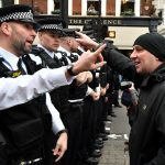 Brexit, Irlanda e Scozia premono<br> Londra addestra migliaia di poliziotti