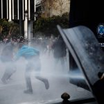 """La """"nuova"""" Macedonia del Nord <br>nasce nel solco dei lacrimogeni"""