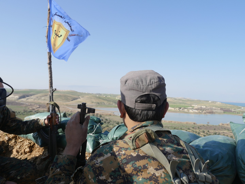 I soldati curdi a Manbij