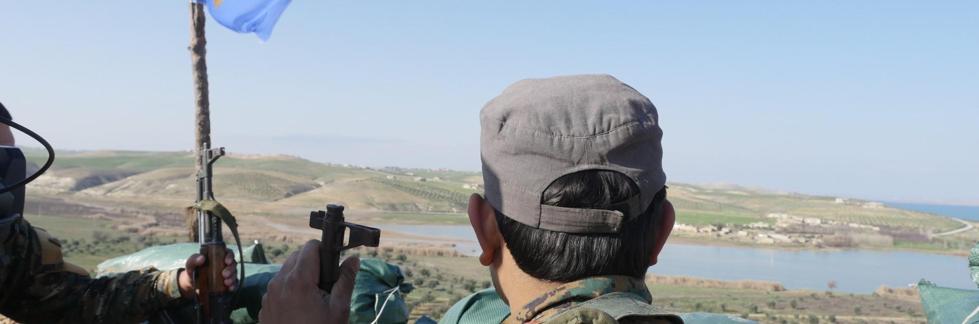 "Erdogan sul piede di guerra: ""Schiera i soldati, ci attacca"""