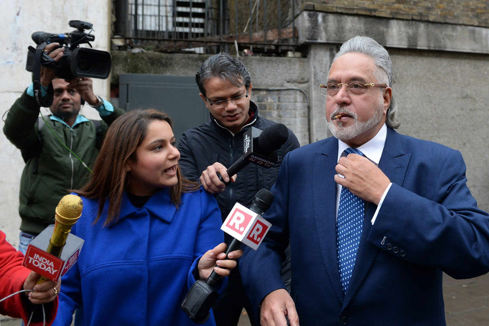 Indian business tycoon Vijay Mallya, who is wanted in his home country over fraud allegations, arrives at Westminster Magistrates' Court in London for his extradition hearing. PRESS ASSOCIATION Photo. Picture date: Thursday December 7, 2017. See PA story COURTS Mallya. Photo credit should read: Joe Giddens/PA Wire
