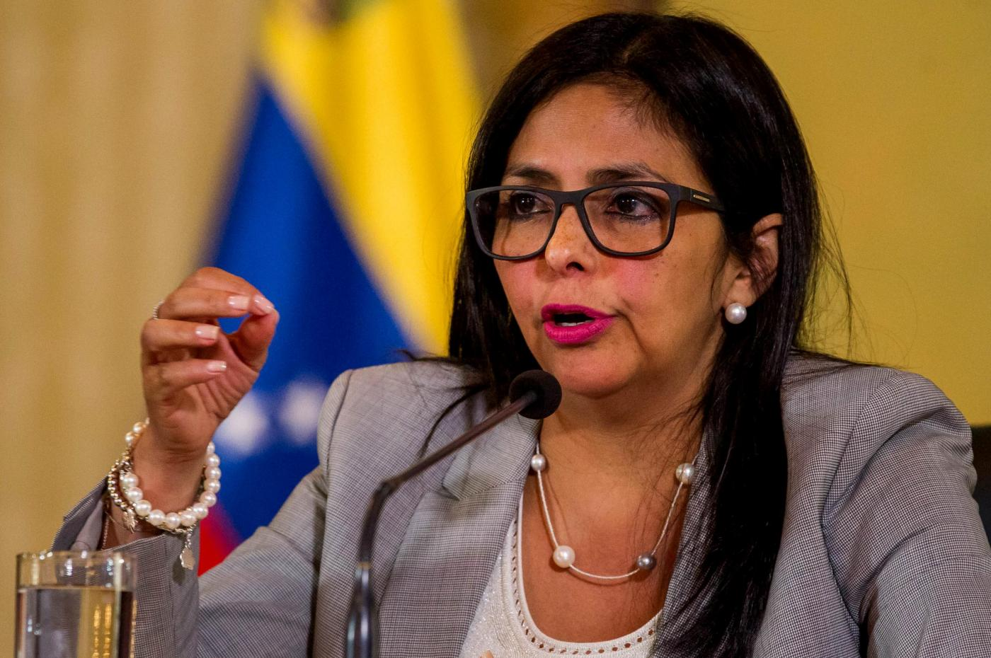 "(170216) -- CARACAS, Feb. 16, 2017 (Xinhua) -- Venezuela's Foreign Affairs Minister Delcy Rodriguez speaks during a press conference in Caracas, capital of Venezuela, on Feb. 15, 2017. CNN's Spanish-language TV network was forced off the air Wednesday by the government of Venezuela after being accused of waging a negative ""media campaign"" against the country. The National Telecommunications Commission (Conatel) ordered the ""immediate suspension"" of CNN broadcasts nationwide, following Foreign Affairs Minister Delcy Rodriguez' warning that the network was making ""serious"" unfounded allegations. (Xinhua/Boris Vergara)(fnc)(ce)(zhf)"