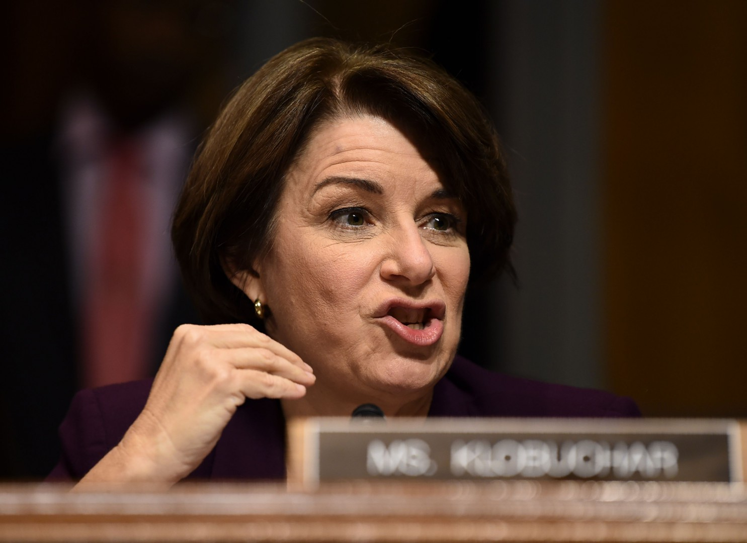 Senate Judiciary Committee member Senator Amy Klobuchar (D-MN) speaks during a markup hearing on Capitol Hill in Washington, DC on September 28, 2018, on the nomination of Brett M. Kavanaugh to be an associate justice of the Supreme Court of the United States. - Kavanaugh's contentious Supreme Court nomination will be put to an initial vote Friday, the day after a dramatic Senate hearing saw the judge furiously fight back against sexual assault allegations recounted in harrowing detail by his accuser. (Photo by Brendan SMIALOWSKI / AFP)