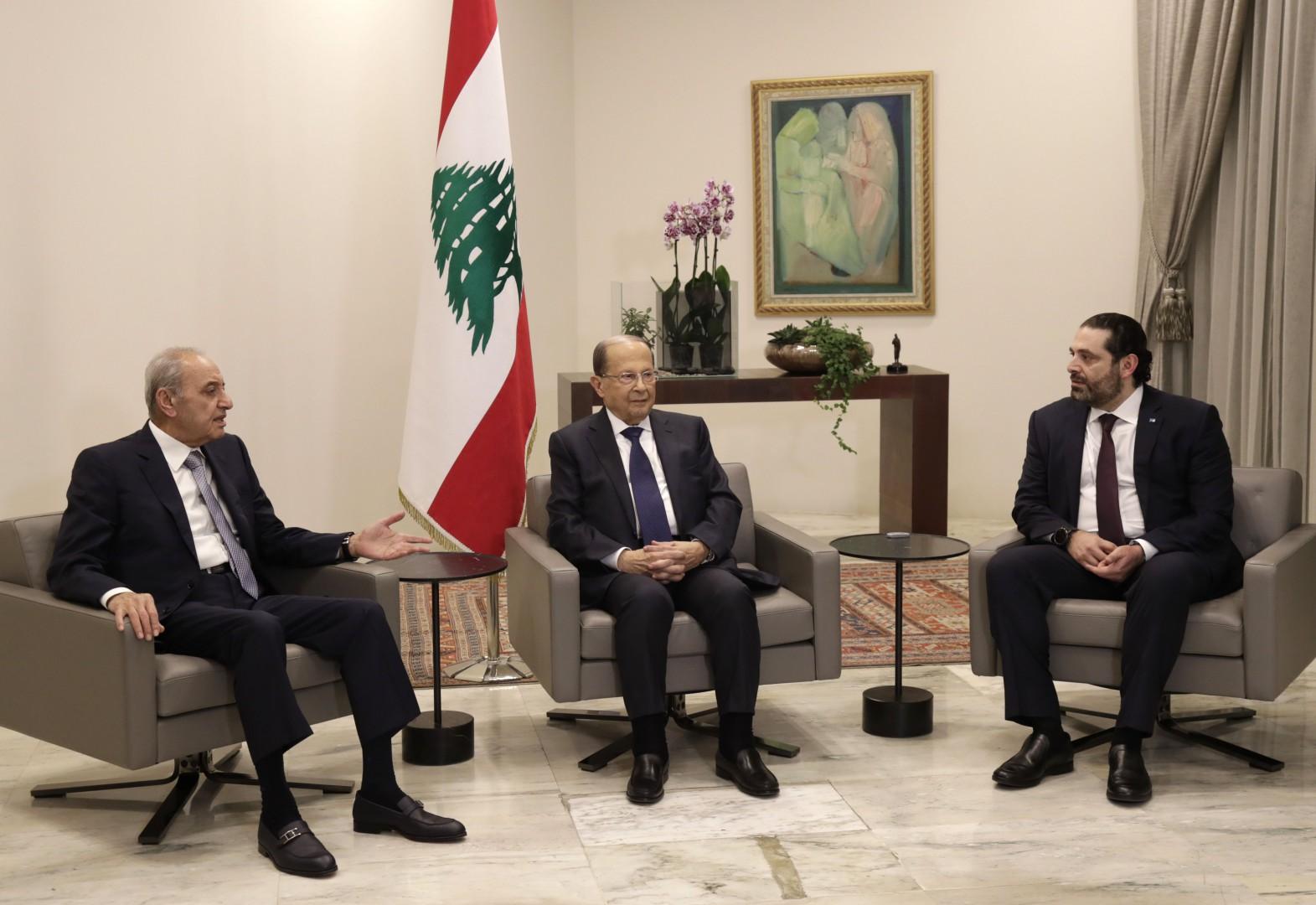 Lebanese President Michel Aoun (C), Prime Minister Saad Hariri (R), and House Speaker Nabih Berri meet at the presidential palace in Baabda, east of the capital Beirut, on January 31, 2019. (Photo by ANWAR AMRO / AFP)