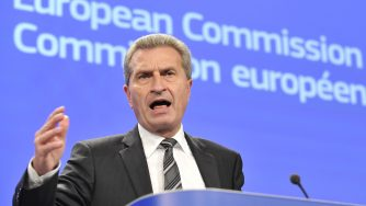 Guenther Oettinger (LaPresse)