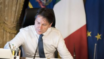 Crisi di Governo, Conte a Palazzo Chigi prima della dichiarazione (LaPresse)