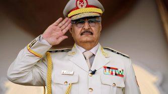 Il generale libico Khalifa Haftar (LaPresse)