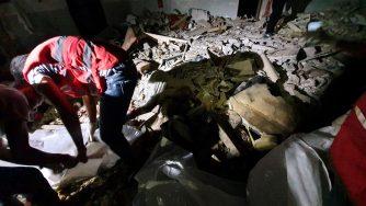 Libia, bombardato centro detenzione migranti a Tripoli (LaPresse)