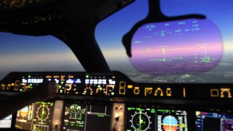 Simulazione a bordo di un Airbus (LaPresse)