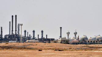 Un centro petrolifero di Aramco (LaPresse)