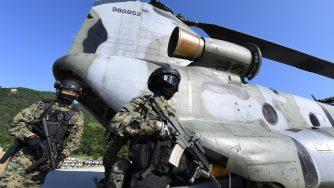 Un'esercitazione delle forze armate della Corea del Sud (LaPresse)