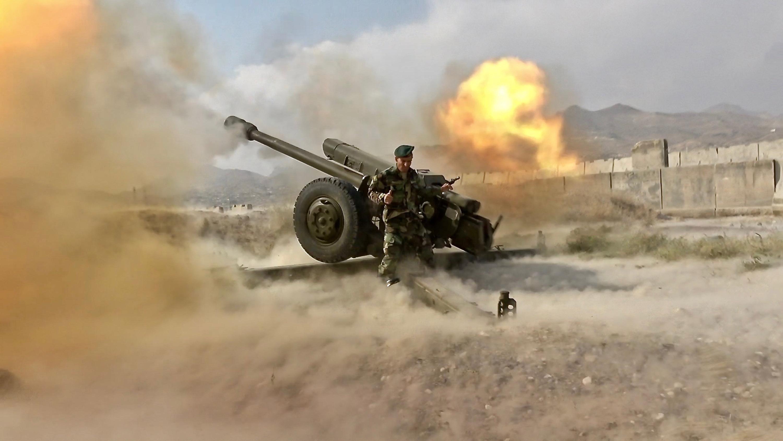 Artiglieria da 122 millimetri dell'esercito afghano su comando talebano (Fausto Biloslavo)
