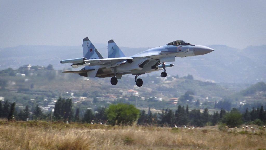 Sukhoi in base siriana