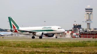 Aereo Alitalia (LaPresse)