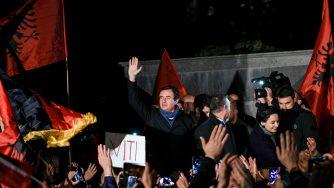 Voto in Kosovo (LaPresse)