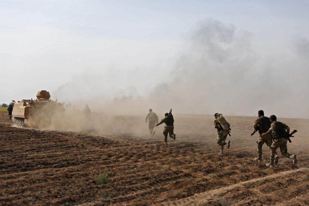 Le forze turche avanzano nel nord della Siria