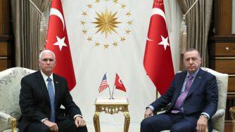 Mike Pence e Recep Tayyip Erdogan (LaPresse)