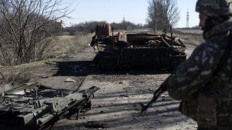 Militari ucraini in Donbass (LaPresse)