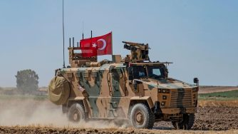 Pattugliamento congiunto tra Usa e Turchia in Siria (LaPresse)