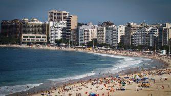 Spiaggia in Brasile (LaPresse)