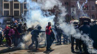 Manifestanti in Bolivia (LaPresse)