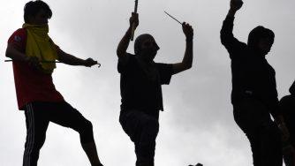 Prigionieri esultano in Bolivia (LaPresse)