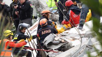 Il terremoto in Albania (LaPresse)