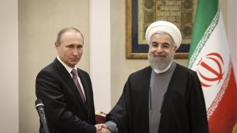 Vladimir Putin e Hassan Rohuani (LaPresse)
