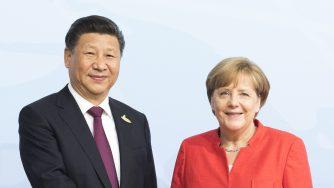 Xi Jinping e Angela Merkel durante il G20 di Amburgo (LaPresse)