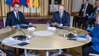 L'incontro tra Vladimir Putin e Volodomyr Zelensky (LaPresse)