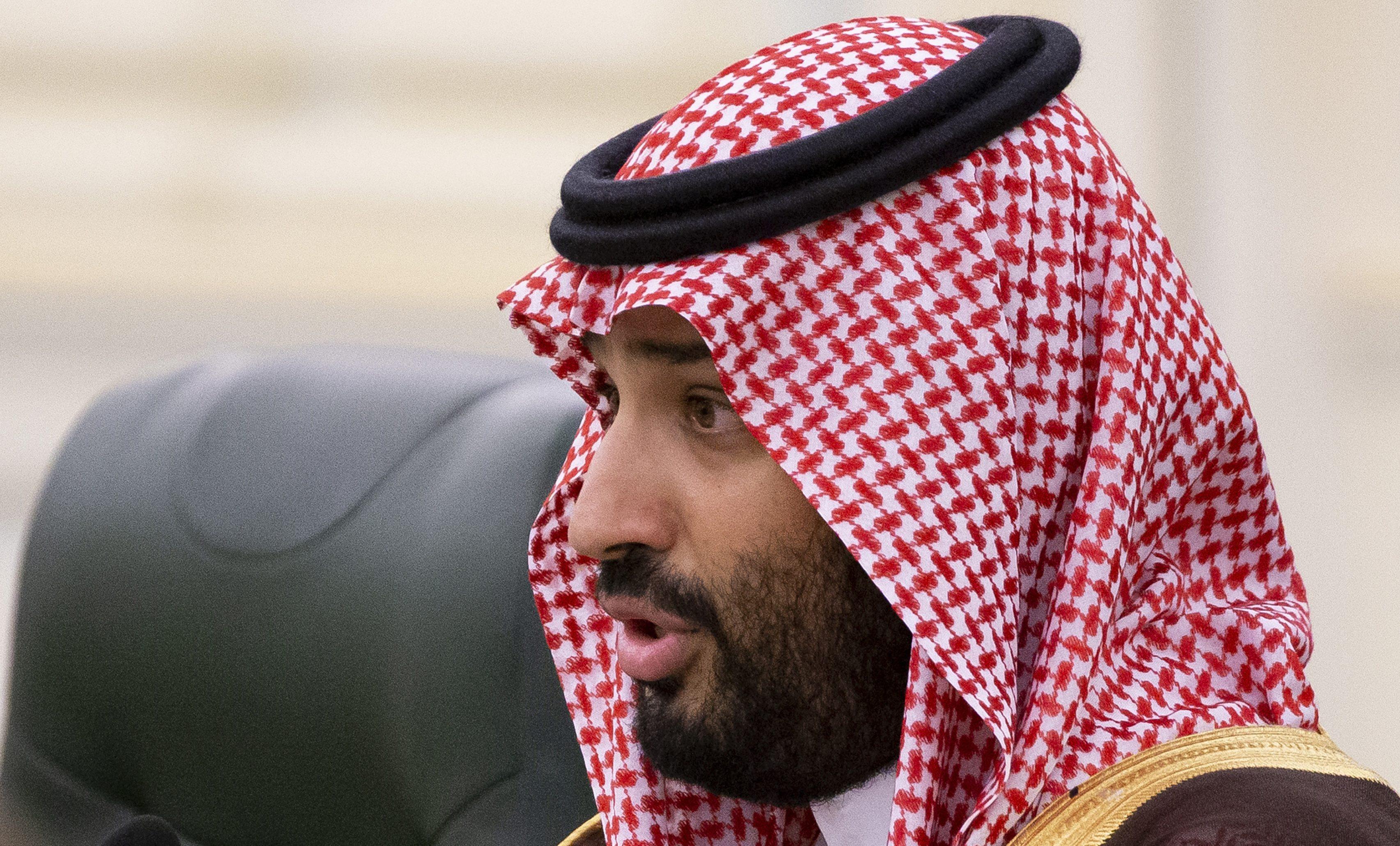 Arabia Saudita, Loujan da 900 giorni in cella per avere guidato un'auto