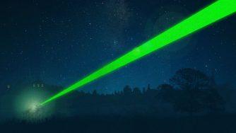 The Laser Misuse (LaPresse)