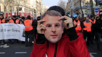 Proteste contro Macron (La Presse)