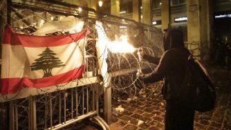 Libano, proteste violente (La Presse)