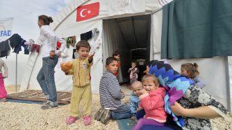 Rifugiati siriani in Turchia (LaPresse)