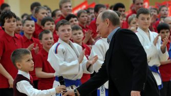 Vladimir Putin visita nuova arena sportiva a Mosca (LaPresse)
