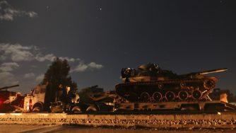 Convogli militari turchi verso Idlib (LaPresse)