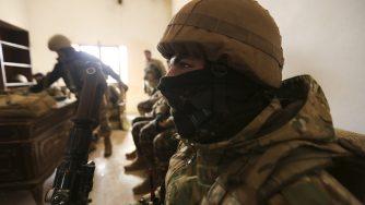 I soldati turchi al fianco dei ribelli siriani (LaPresse)