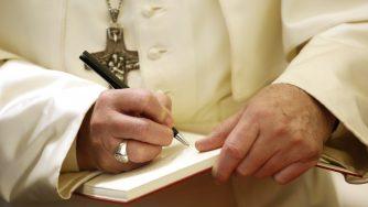 Papa Francesco riceve il nuovo presidente argentino Alberto Fernandez (LaPresse)