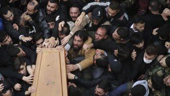 Funerale miliziano Hezbollah (La Presse)